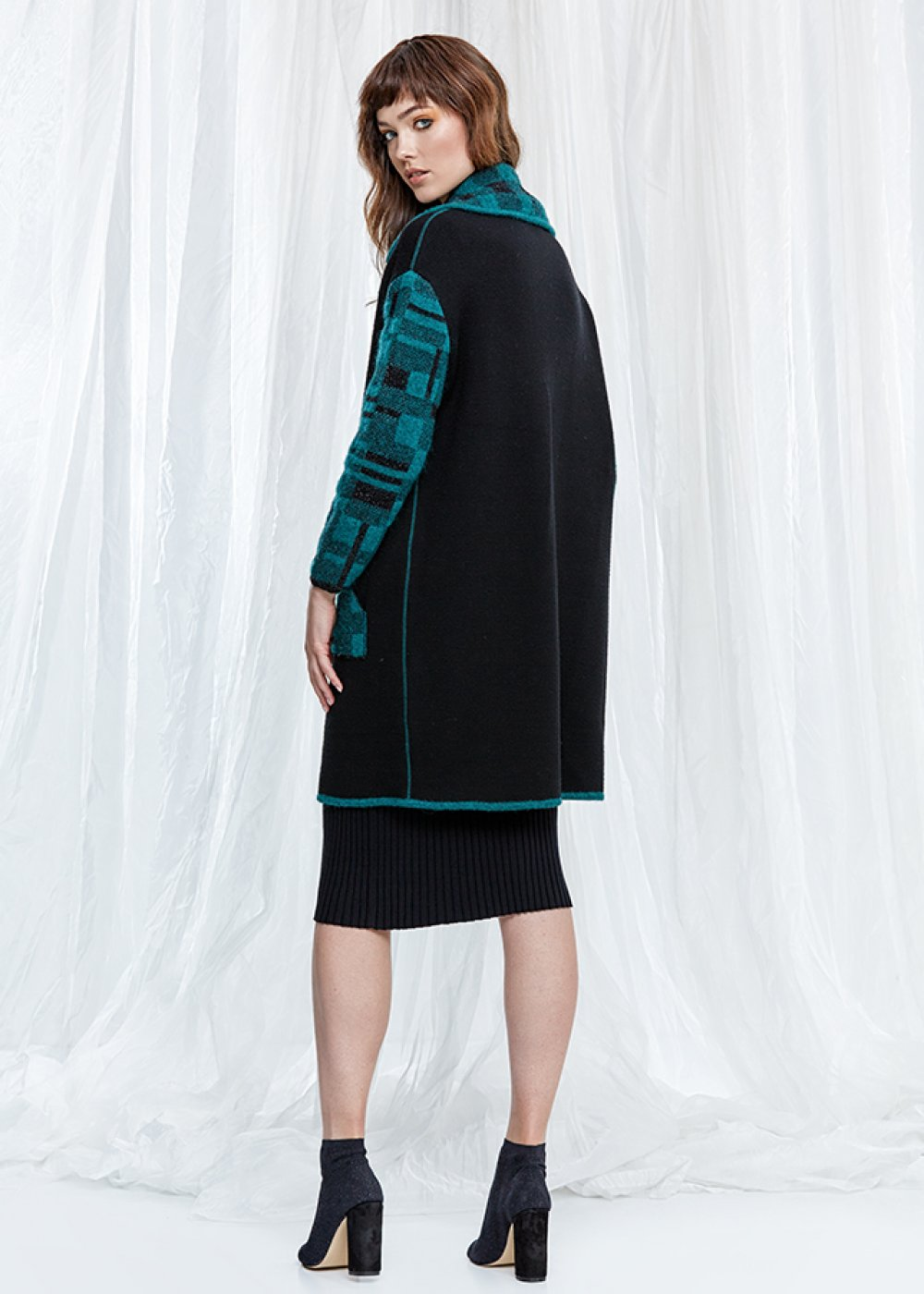Wool Blend Black Knit Coat With Pockets