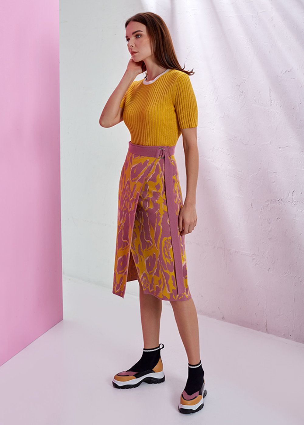 PATTERNED WRAPPED MIDI KNIT SKIRT