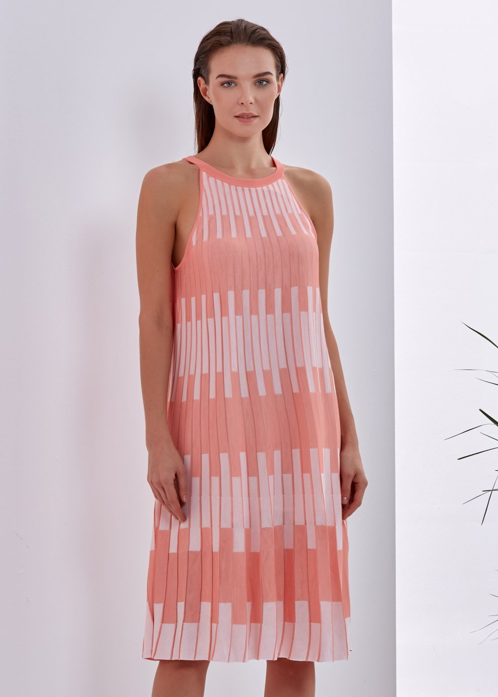 PATTERNED SALMON COLOR KNITTED DRESS