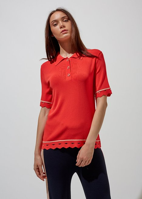 POLO NECK HEM DETAILTED RED KNIT TOP