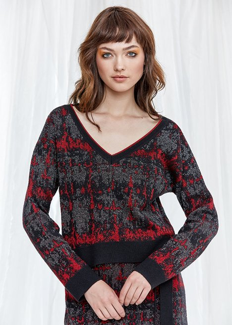 Long Sleeve V Neck Patterned Black Knit Top