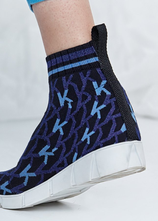 Patterned Scoba Blue Knit Sneakers